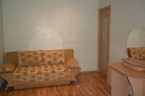 Сдается 3-комнатная квартира посуточно в Омске, Иртышская набережная 18.