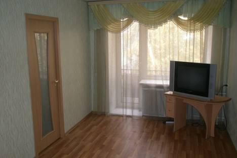Сдается 2-комнатная квартира посуточнов Омске, Иртышская набережная 18.