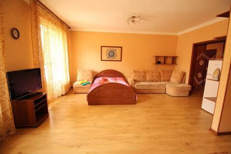 Сдается 1-комнатная квартира посуточнов Иркутске, Ямская ул., 7.