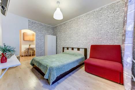 Сдается 1-комнатная квартира посуточно в Санкт-Петербурге, пулковская 8.