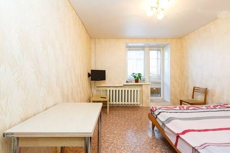 Сдается 1-комнатная квартира посуточнов Казани, ул.Мулланура Вахитова,5 корп 2.