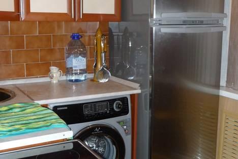 Сдается 1-комнатная квартира посуточно в Архангельске, Новгородский 164.