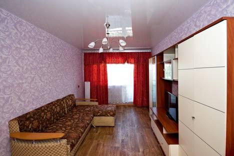 Сдается 1-комнатная квартира посуточно в Ленинске-Кузнецком, ул.Пушкина 70.