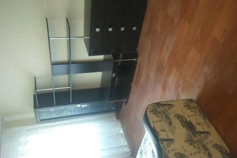 Сдается 1-комнатная квартира посуточно в Нижнем Тагиле, ул. Первомайская, 54.