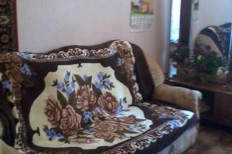 Сдается 1-комнатная квартира посуточно в Балакове, ул. Братьев Захаровых, 8.