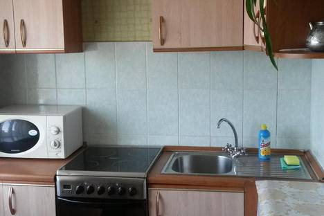 Сдается 2-комнатная квартира посуточно в Мирном, 50 лет Октября 1А.
