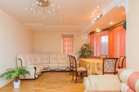 Сдается 4-комнатная квартира посуточно в Нижнем Новгороде, Студеная 78.