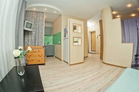 Сдается 2-комнатная квартира посуточно в Нижнем Новгороде, площадь Горького, 1.
