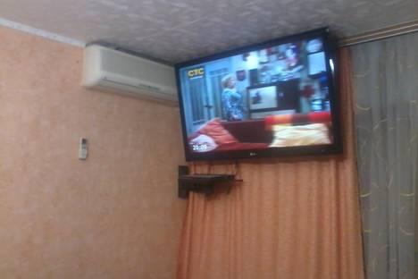 Сдается 1-комнатная квартира посуточно в Балакове, ул. Ленина, 100.