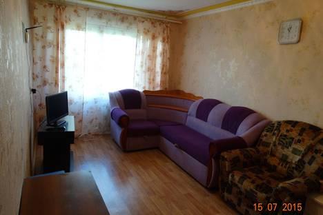 Сдается 2-комнатная квартира посуточно в Тулуне, Угольщиков, 20.