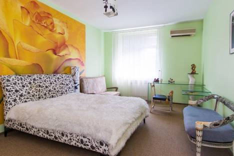 Сдается 2-комнатная квартира посуточно в Москве, гончарная набережная 3 с 5.