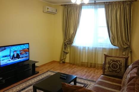 Сдается 2-комнатная квартира посуточнов Екатеринбурге, Шейнкмана, 90.