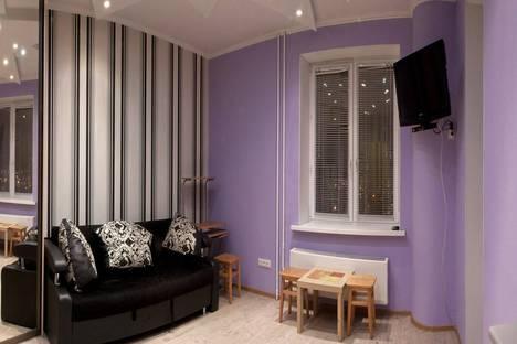 Сдается 1-комнатная квартира посуточнов Тюмени, ул. 50 лет ВЛКСМ, 13.