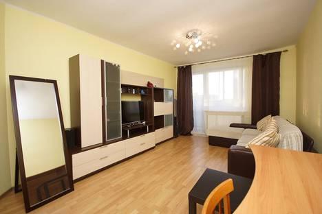 Сдается 2-комнатная квартира посуточно в Санкт-Петербурге, ул. Латышских Стрелков, д.1.