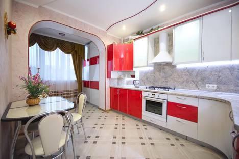 Сдается 1-комнатная квартира посуточно, улица Лермонтова, 19а.