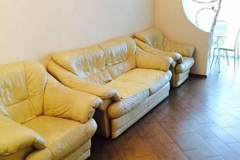 Сдается 2-комнатная квартира посуточно в Алуште, 50 лет Октября 2.