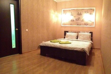 Сдается 2-комнатная квартира посуточнов Железнодорожном, Савинская 3.