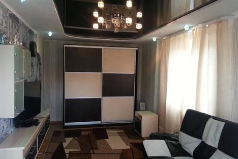 Сдается 1-комнатная квартира посуточно в Златоусте, ул.Островского 13.