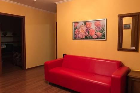 Сдается 4-комнатная квартира посуточно, проспект Ямашева, 31б.