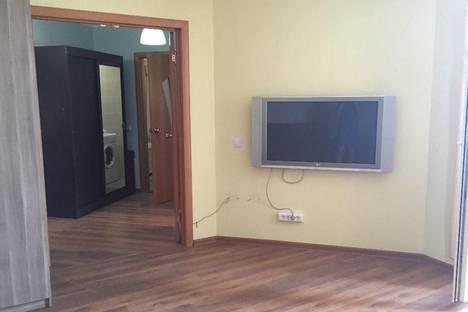 Сдается 1-комнатная квартира посуточнов Кирове, Верхосунская д.16.