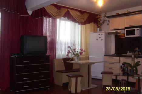 Сдается 1-комнатная квартира посуточно в Ангарске, 6-й микрорайон, 17.