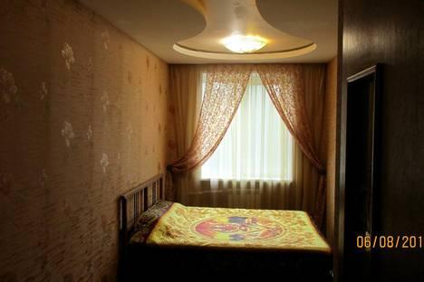 Сдается 3-комнатная квартира посуточно в Нижнем Тагиле, Строителей проспект, 5.