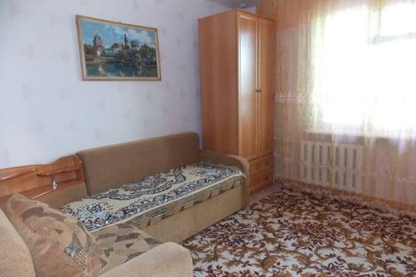 Сдается 1-комнатная квартира посуточнов Яровом, Квартал А, дом 30.