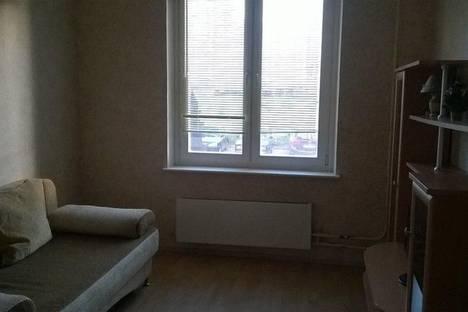 Сдается 2-комнатная квартира посуточнов Подольске, ул. Генерала Стрельбицкого, 7.