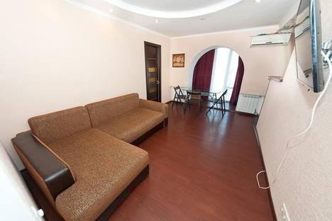 Сдается 2-комнатная квартира посуточнов Приморском, Энгельса, 35-А.