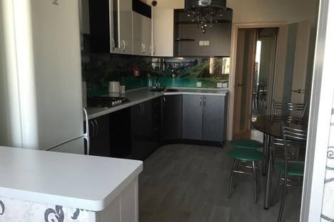 Сдается 1-комнатная квартира посуточно в Балакове, ул. Степная, 84.