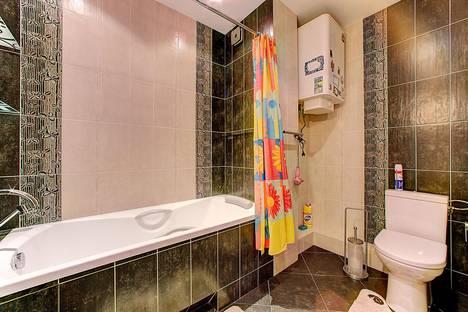 Сдается 2-комнатная квартира посуточнов Санкт-Петербурге, энгельса 93.