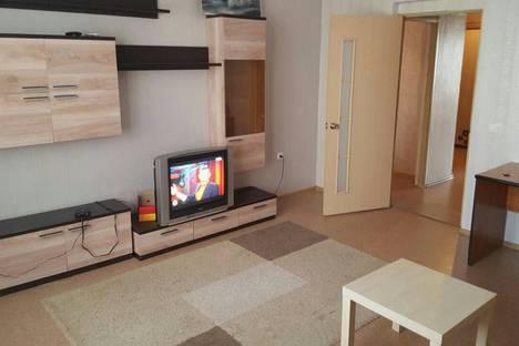 Сдается 2-комнатная квартира посуточно в Казани, ул. Аделя Кутуя, 44А.