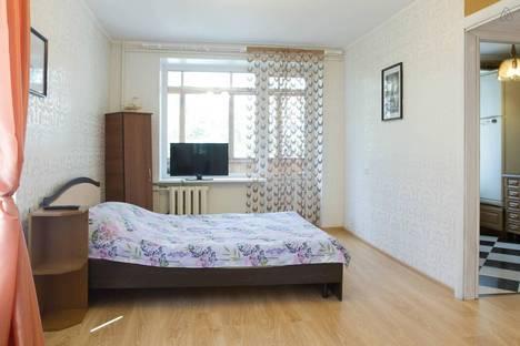 Сдается 1-комнатная квартира посуточнов Люберцах, зеленый переулок 10.