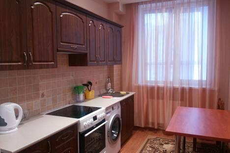 Сдается 1-комнатная квартира посуточнов Тюмени, ул. Достоевского 7.