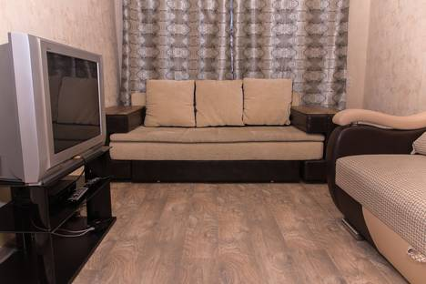 Сдается 2-комнатная квартира посуточнов Тюмени, Орджоникидзе 56а.
