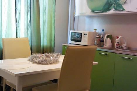 Сдается 1-комнатная квартира посуточнов Борисоглебске, ул. Советская, 84А.