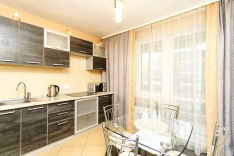 Сдается 1-комнатная квартира посуточно, ул. Невзоровых, 64 корпус 2.
