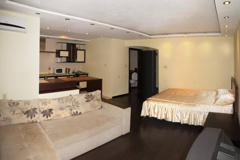 Сдается 1-комнатная квартира посуточно в Ростове-на-Дону, ул. Беляева, 16.