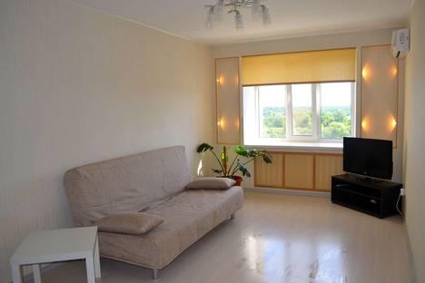 Сдается 1-комнатная квартира посуточно в Уфе, ул. Баязита Бикбая, 44.