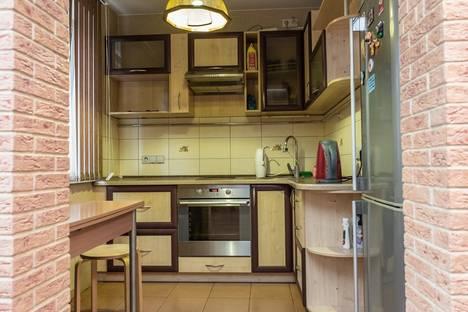 Сдается 2-комнатная квартира посуточно, ул. Циолковского, 55.