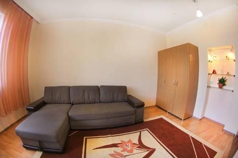 Сдается 2-комнатная квартира посуточно в Алматы, Розыбакиева 289/2.