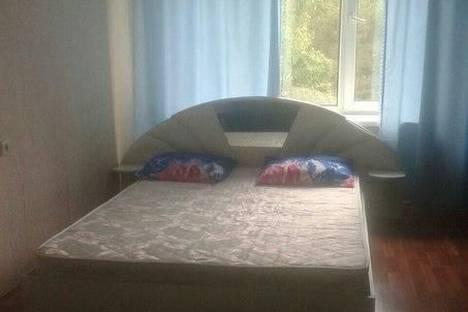 Сдается 2-комнатная квартира посуточно в Чайковском, Горького 7.