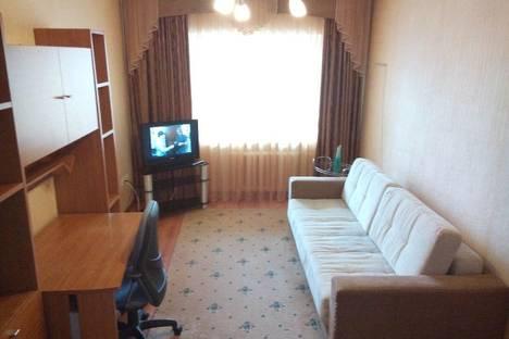Сдается 1-комнатная квартира посуточнов Тюмени, Котельщиков, 2.