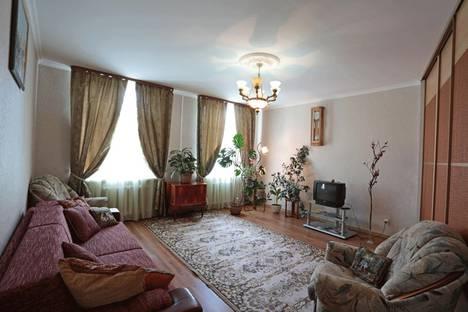 Сдается 2-комнатная квартира посуточнов Выксе, Московская 116.