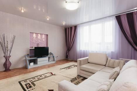Сдается 2-комнатная квартира посуточнов Берёзовском, ул. Малышева, 4Б.