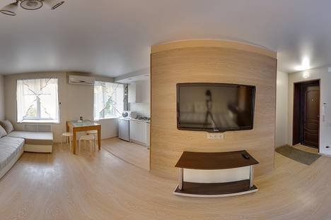 Сдается 3-комнатная квартира посуточнов Волжском Утёсе, ул. Карла Маркса, 53.