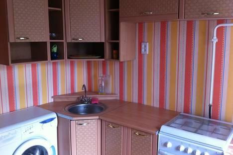 Сдается 2-комнатная квартира посуточнов Кургане, Куйбышева 142а.
