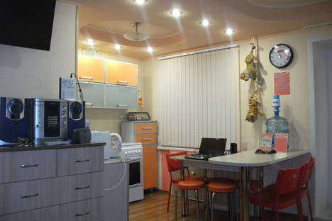 Сдается 1-комнатная квартира посуточно в Нижнекамске, проспект Строителей, 13В.