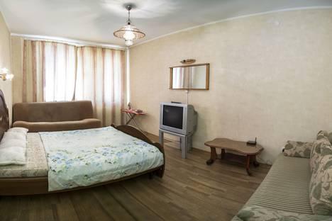 Сдается 1-комнатная квартира посуточнов Красноярске, Авиаторов 25.