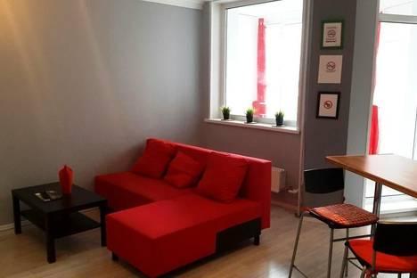 Сдается 1-комнатная квартира посуточнов Красноярске, ул. Карамзина, 28.